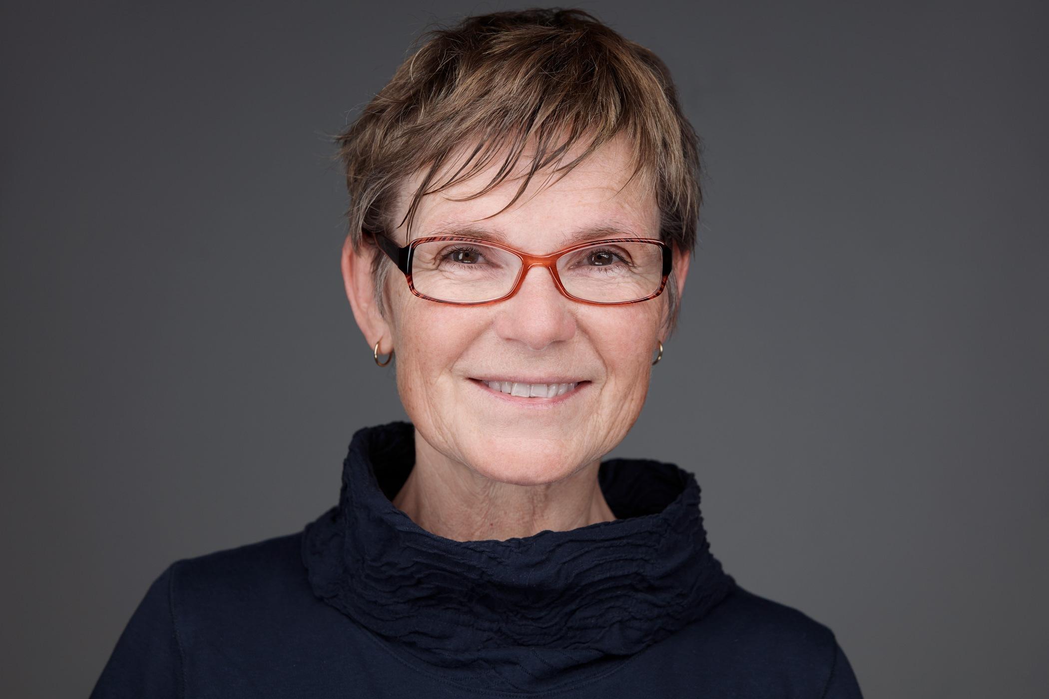 Alice Pereboom coach